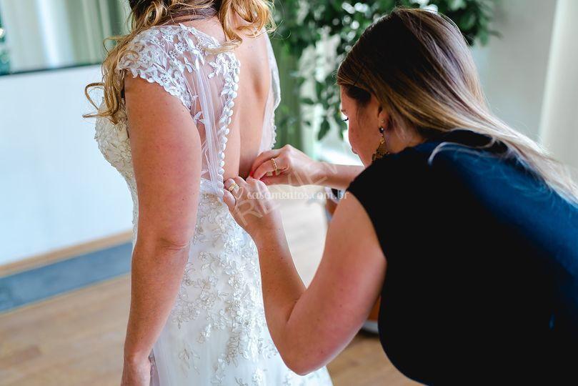Arrumando a noiva