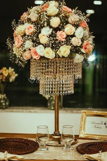 Arranjo mesa dos noivos