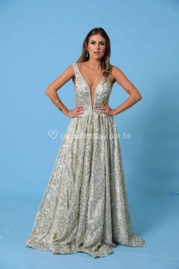 074662afa Aluguel e venda de vestidos