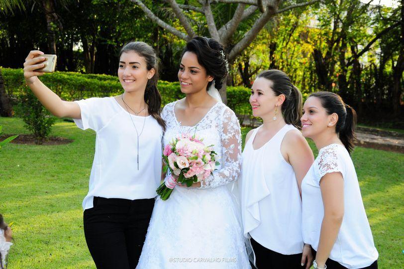 Amizade é assim noiva feliz!!!