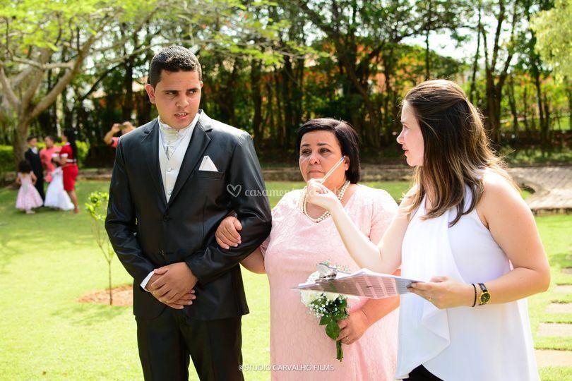 Toda instrução aos noivos