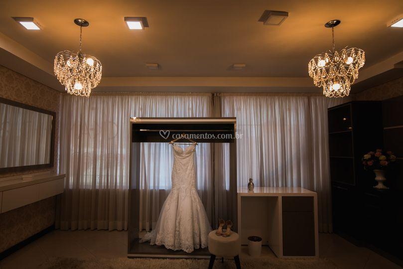 Detalhes vestido noiva