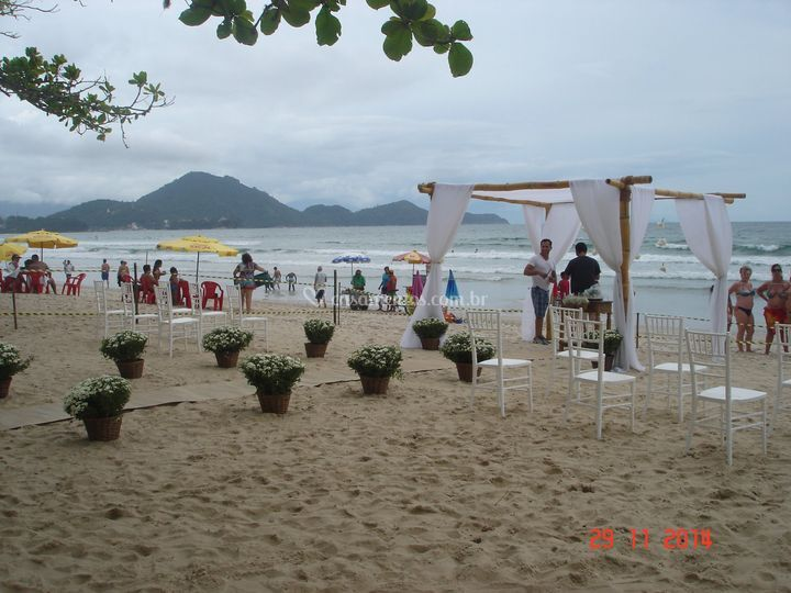 Que tal casar na praia?