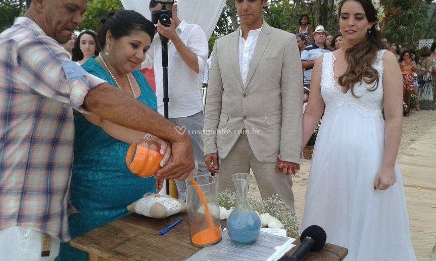 Com a cerimônia das areias