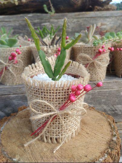 Juta, laço, flores e tag