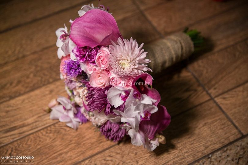 Buquê tons roxo, lilás e rosa