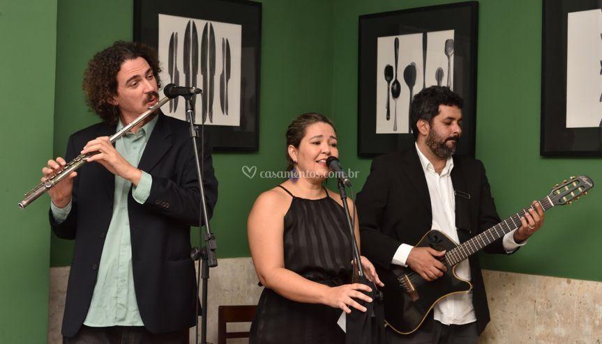 Cerimônia: Voz, flauta, violão