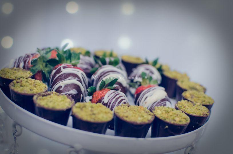 Copo de chocolate com pistache
