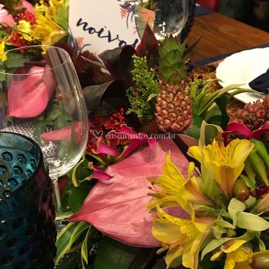 Mesa noivos - tropical