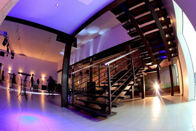 Escada para o Mesanino
