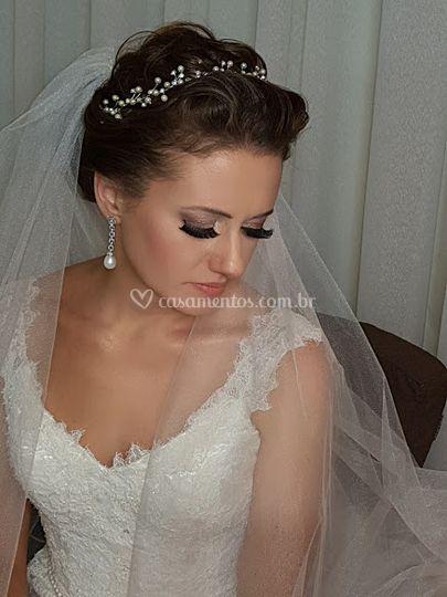 Cinara Carvalho Hair & Makeup