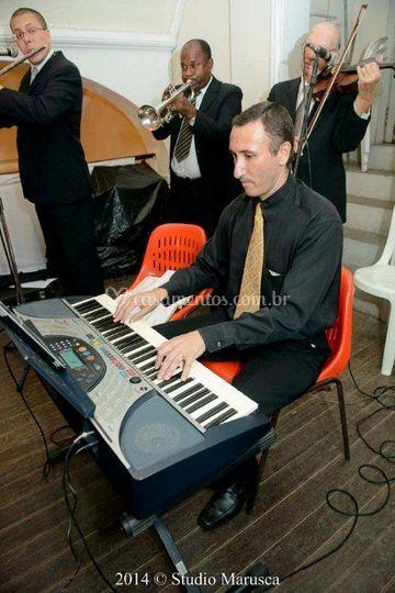 O som maravilhoso do teclado