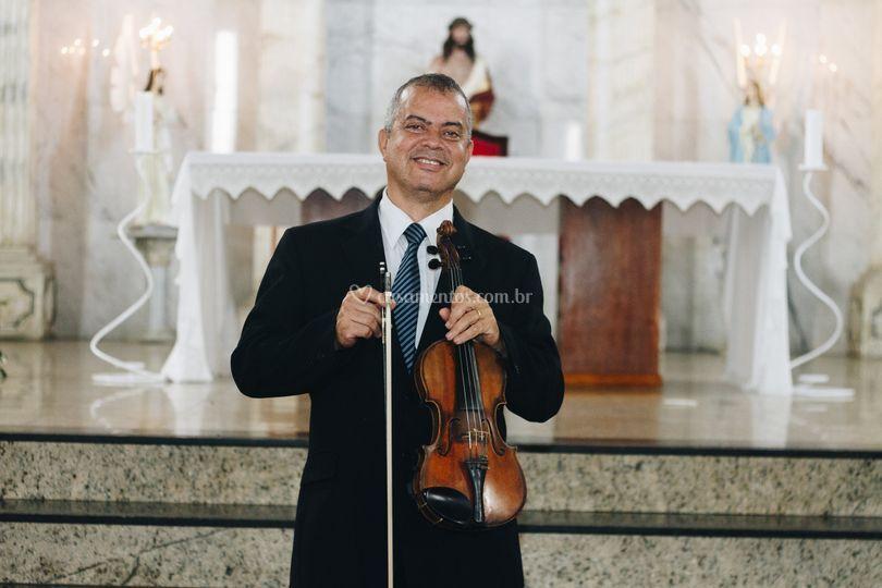 Violino no altar!