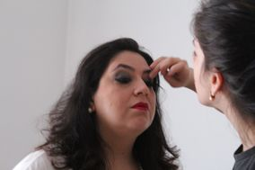 Karina Domeneghetti Makeup