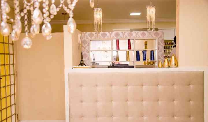 Camila Schmitz Beauty Lounge
