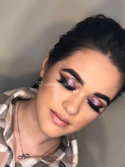 Makeup marcante!