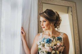 Déby Maia Maquiagem - Noivas e Cia