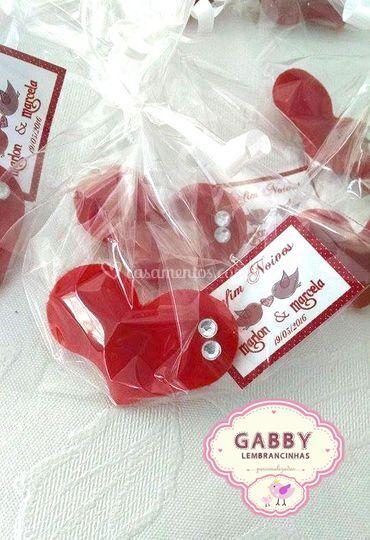 Mini coração com tag