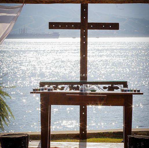 Altar a beira mar