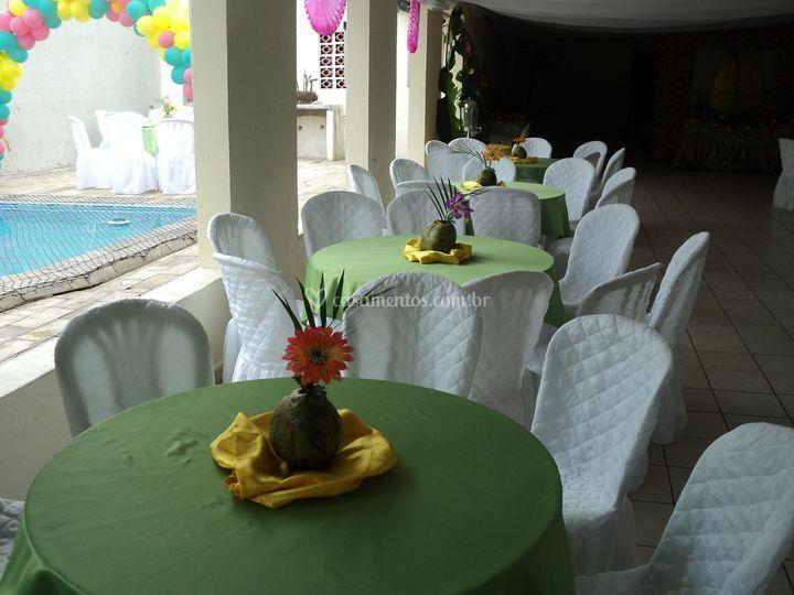 Mesa do convidado