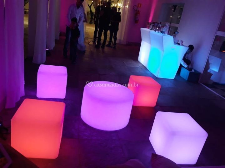 Mobiliarios iluminados para ev