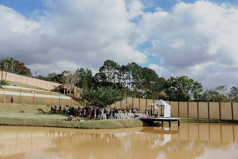 Vista da Cerimônia com Lago