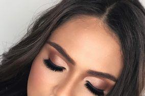 Julia Toledo Makeup