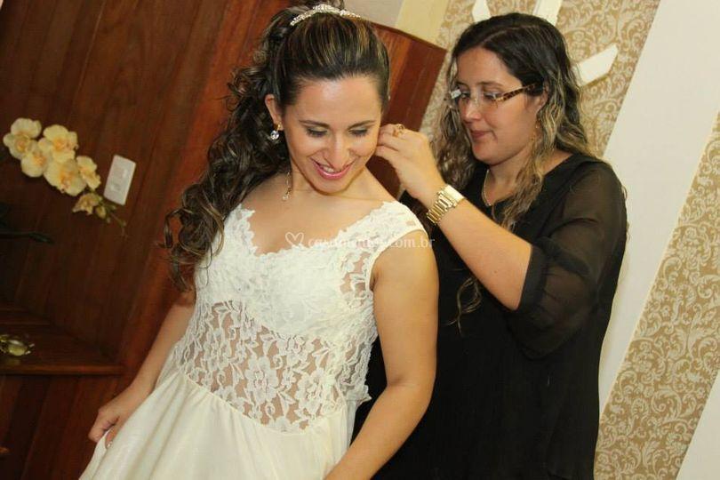 Ajudando a noivinha