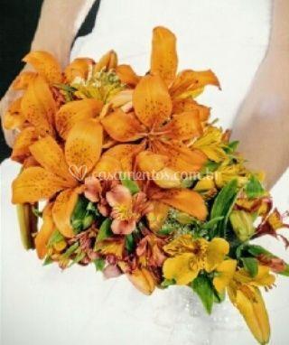 Bouquet  ramalhetes,lirios  e