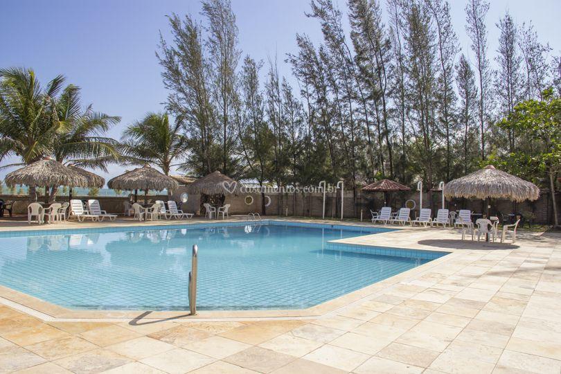 Espaço restaurante/piscina