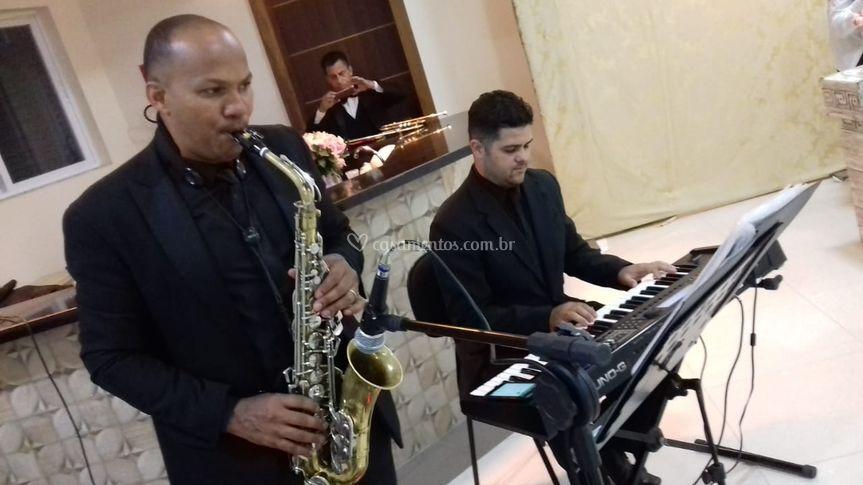 Sax e teclado