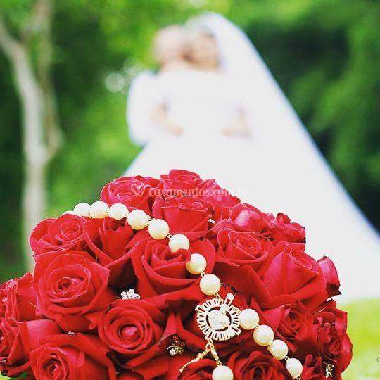 Buquê Natural Rosas Vermelhas