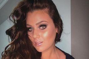 Amanda Aline - Maquiagens & Penteados