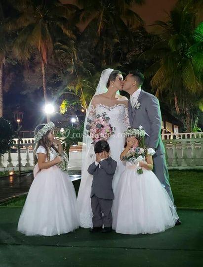 Buquê de noiva e tiara