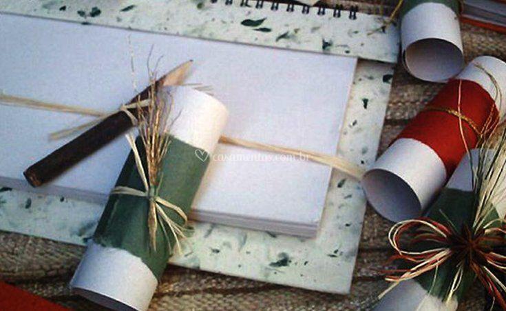 Produtos em papel artesanal