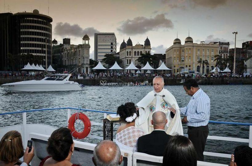 Cerimônia em um barco
