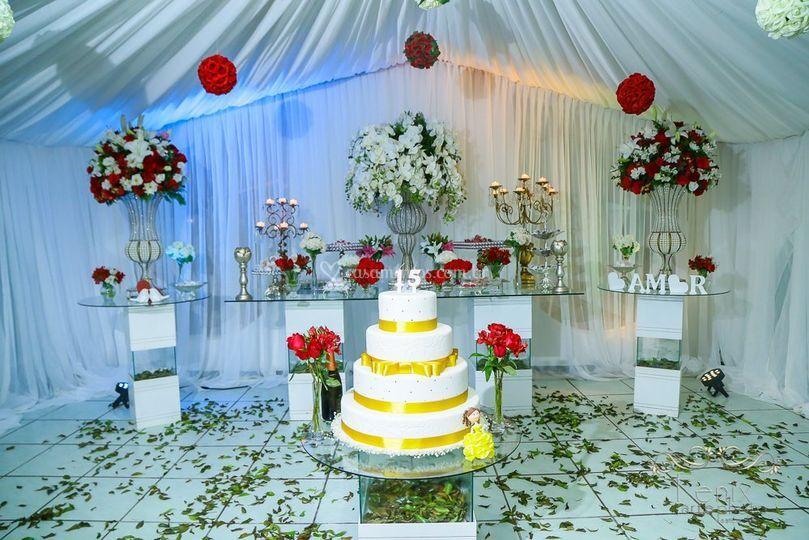 Sala da mesa do bolo