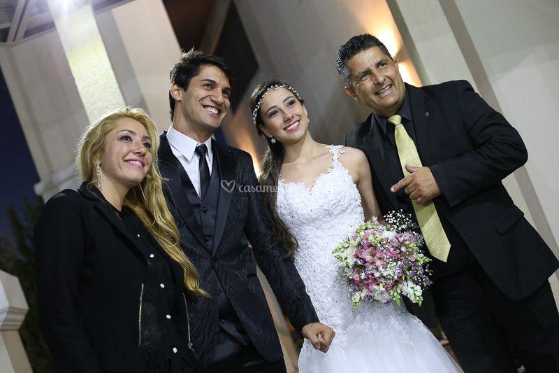Só alegria dos noivos