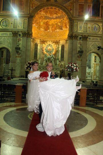 O noivo mostrando asua força!