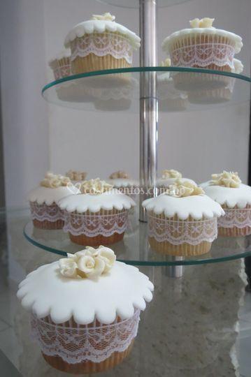 Cupcake com bico de renda