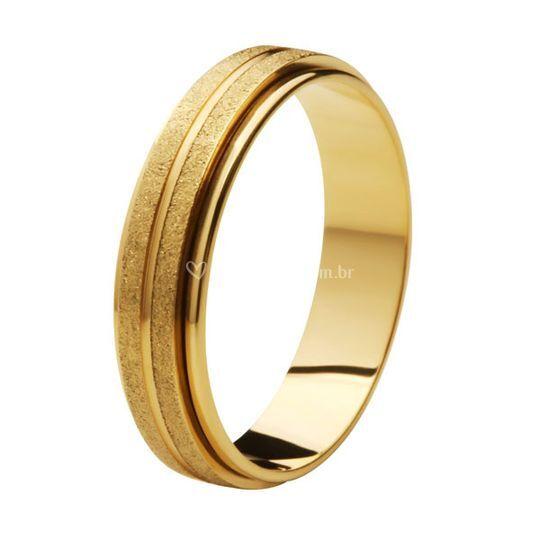Aliança Ouro diamantada