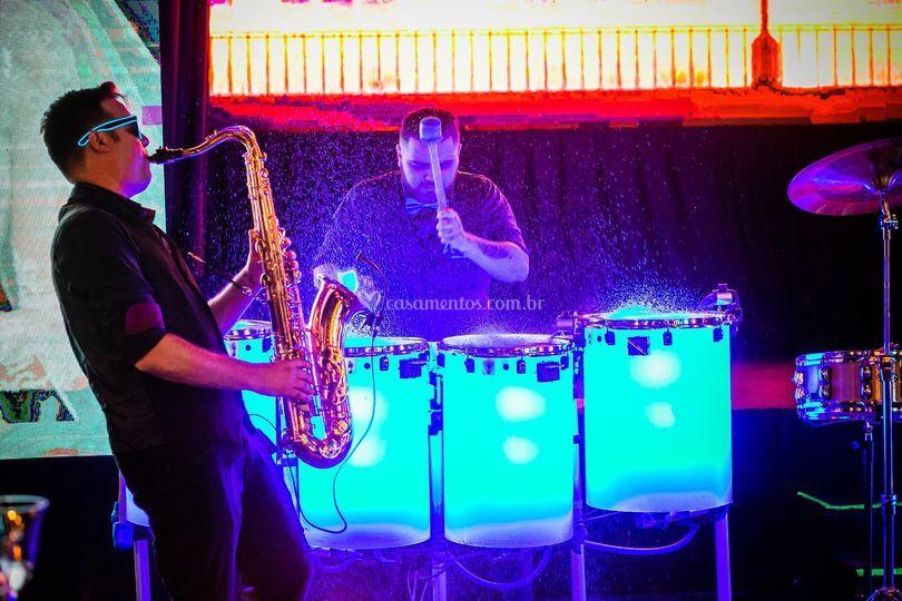 Sax e tambores
