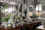 Mesa com flores de Esta��o Baroneza
