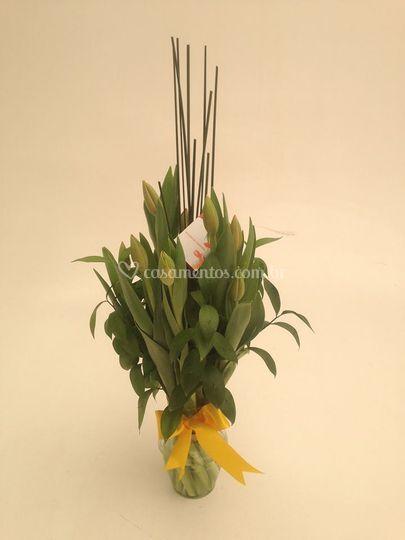 Arranjo de mesa tulipas