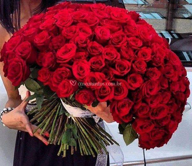 Buquê gigante de rosas