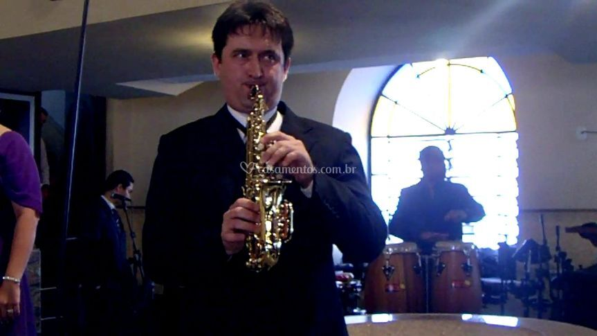 Sax e percussão