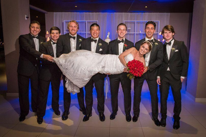 Padrinhos e noiva