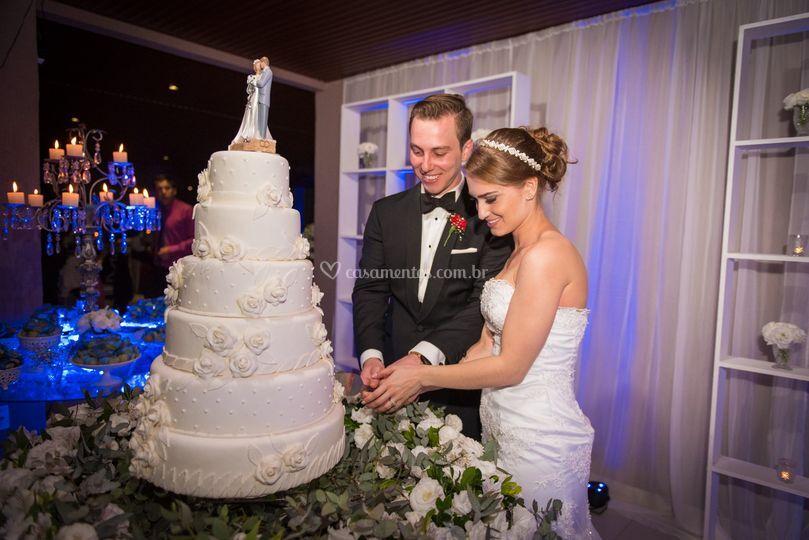 Cortando o bolo