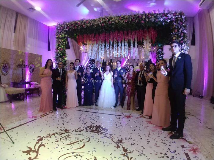Padrinhos, noivos e pais