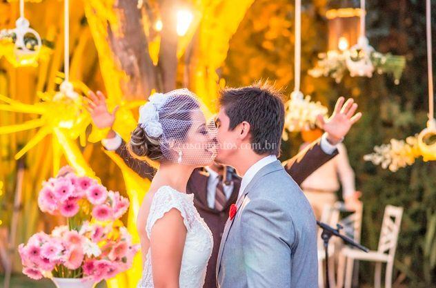 Beijo do novo casal
